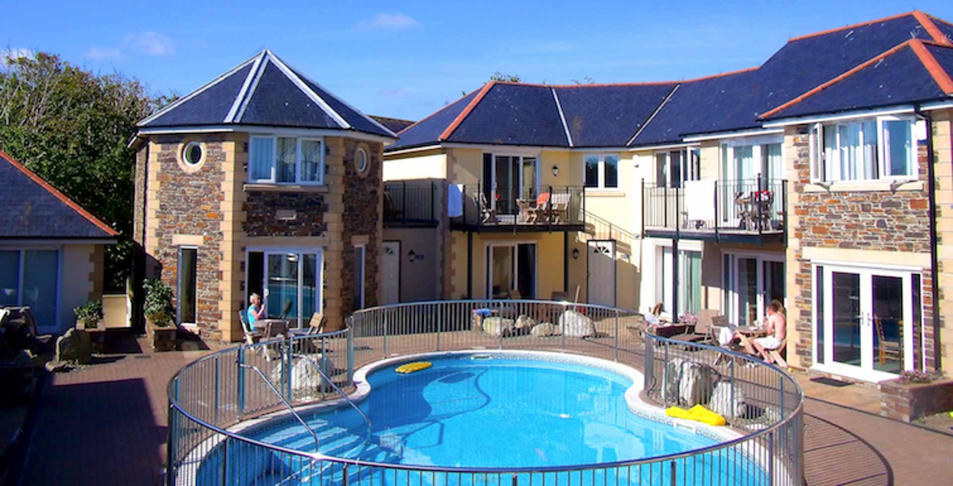 cornwall holiday cottages newquay the beach house apartment 11. Black Bedroom Furniture Sets. Home Design Ideas