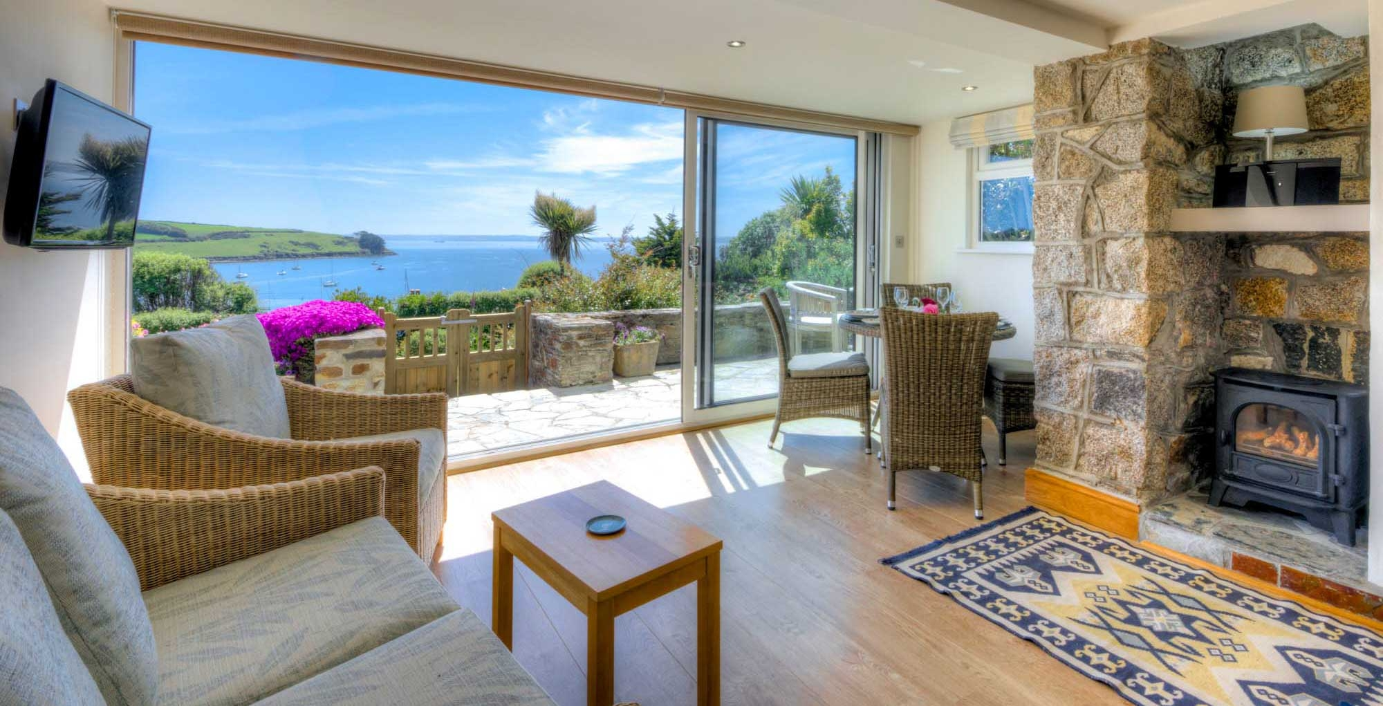 Cornwall Cottages By The Sea With Sea Views