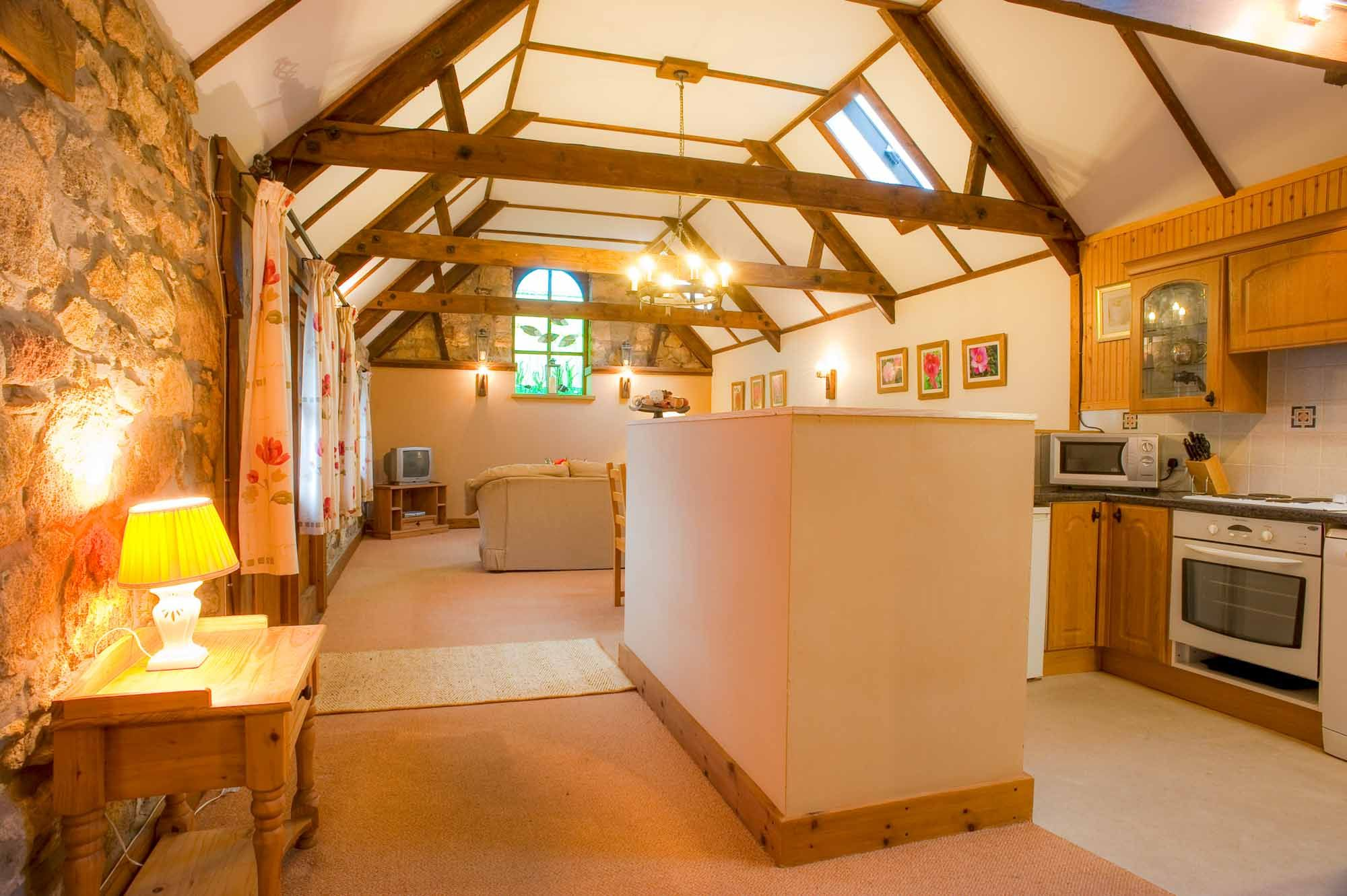Cornwall holiday cottages st austell glenleigh cottage for Custom cottage fish house prices
