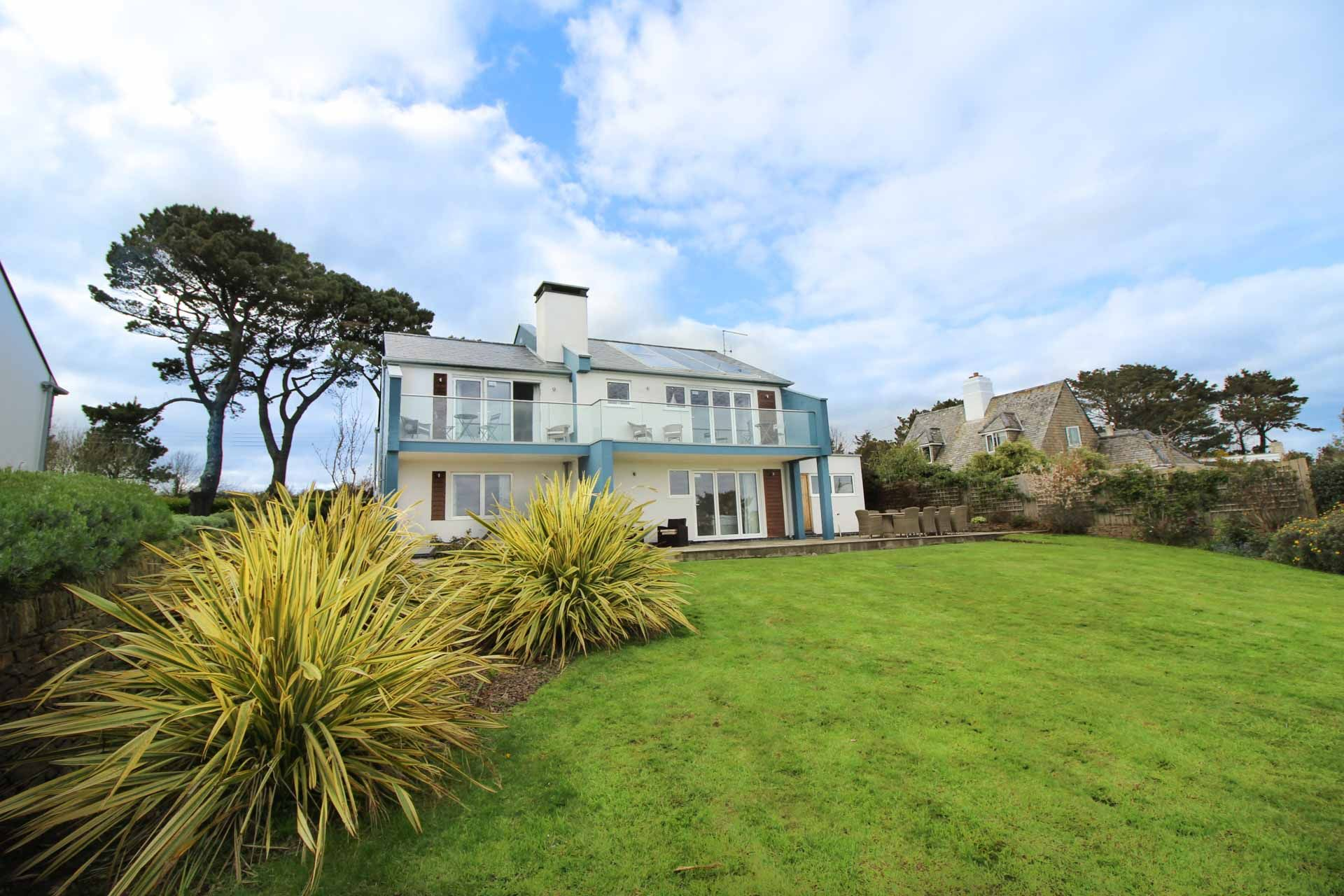 Luxury Holiday Home St Mawes Sea Views Balcony Gardens